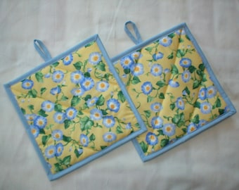 Pot Holders - Set of 2 Quilted Cotton Hot Pads - Potholders - Mug Rugs - Morning Glories on Yellow Background