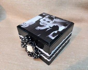 Audrey Hepburn Breakfast at Tiffany Tiffanys Decorations Decor Old Fashioned Art Jewelry Box Black and White Polka dots Jewelry Storage