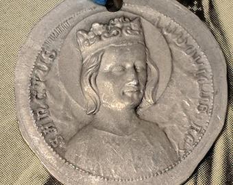 Big Sale Vintage Saint St Ludovicus Beaulieu With Crown Aluminum Alloy Religious Medal Pendant Old Rustic Worn