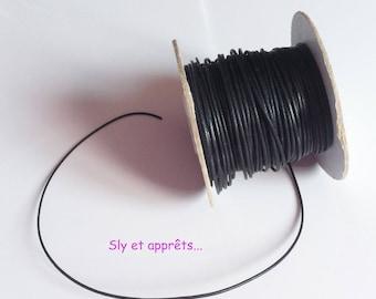 5 m of black waxed thread 1 mm