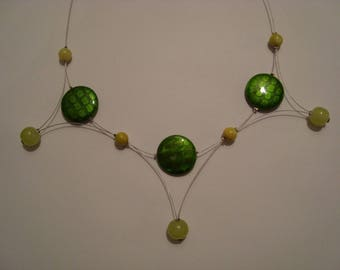 Original necklace and fancy color green