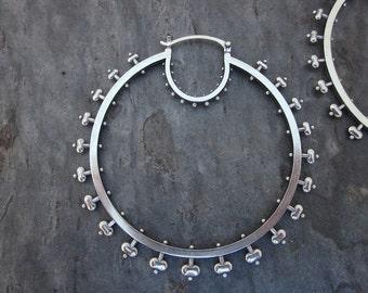 XL Belle Hoops