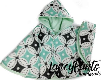 Size 4 mint green fleece car seat poncho - ready to ship - winter kids children's poncho -coat winter jacket - 2T 3T 4T - 2-4 years