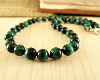 Mens necklace Men beads necklace Mens stone necklace Mens gift for men healing necklace for men Green necklace Protection necklace tiger eye