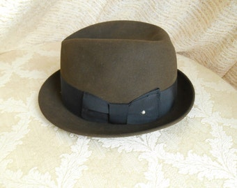1960's dark cocoa brown Fedora by