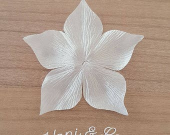 Set of 3 satin flowers with ivory silk for wedding jewelry creations
