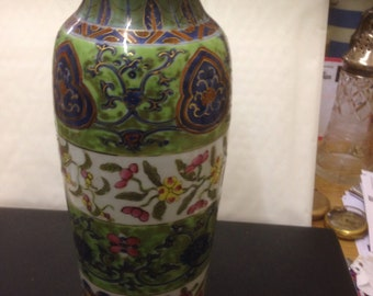 Antique Chinese famille Verte vase A / F