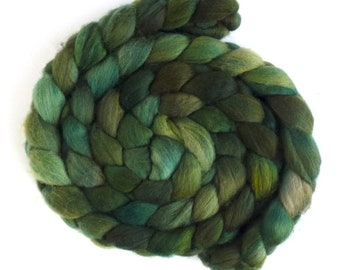 Hand Spinning Roving, Organic Polwarth  - Hand Dyed, Fiesta Green