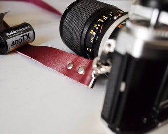 Leather camera strap, Personalized, gift for men, gift for women, personalised gift, slr, dslr camera strap, canon, nikon gift