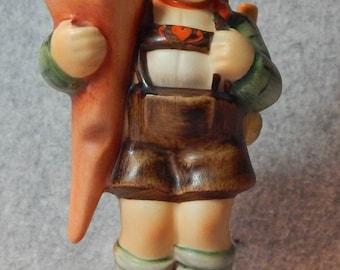 Hummel Figurine, Little Scholar, mold 80, TMK 6
