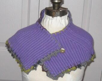 Felted Scarflette . neck warmer . purple neckwarmer . purple scarflette . felted collar . wool collar