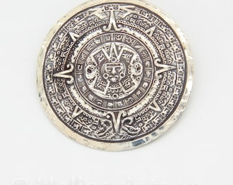 Vintage sterling silver Mayan calender pendant, Mexican, Aztec calender, Big brooch, calender necklace, vintage juwelry, free shipping