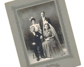 photo mounted portrait wedding couple late 1800s
