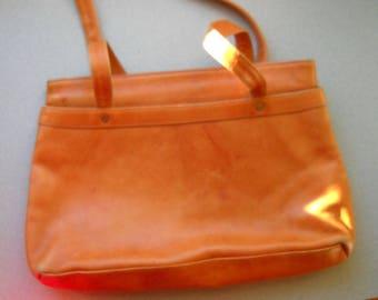Tony Lama Butterscotch Leather purse.