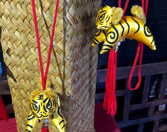 Chinese lions, handmade lion doll, key chain, Christmas gifts