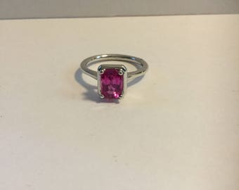 14K White gold pink sapphire ring