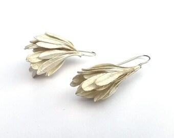 Asymetrical silver earrings. Botanical earrings, plant cast. Unique jewellery. Women's drop earrings.