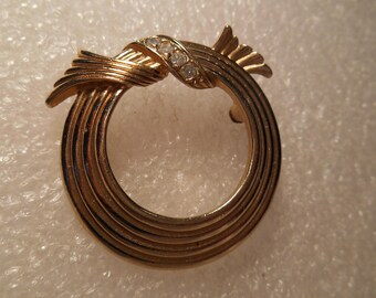 Avon Round Gold Tone Brooch With Crystal Rhinestones