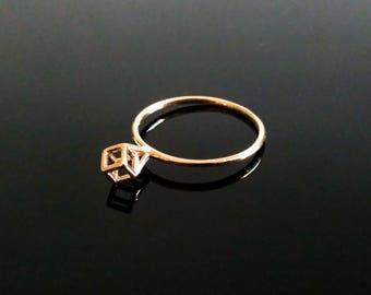 Kubeo - Minimalist Jewelry - Cube Ring