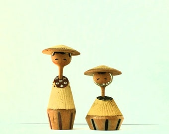 kokeshi doll vintage a peasant couple 10 and 7cms/3,95 and 2,75 inches