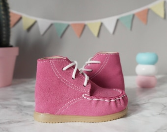 Girls Leather Moccasin Shoes I Toddler Girls Driving Moccasins I Infant Pink Moccasins I Baby Girl Walking Shoes & BootsI Cute Baby shoes
