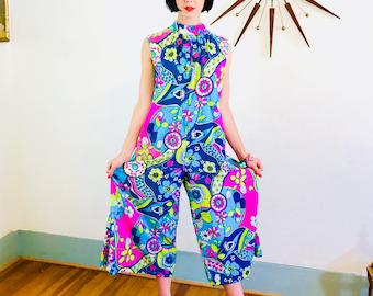 des années 60 Combi-short, par M. ROBERT, Blue Frog rose, pyjama des années 1960, lumineux coloré sauvage, salopette Vintage, Flower Power Onepiece, motif psychédélique