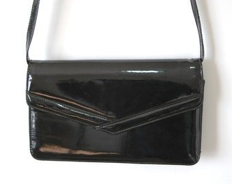 80s Black Shiny Patent Leather-Like Shoulder Bag - Shiny Black Envelope Purse - Cross Body