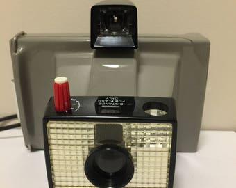Vintage Polaroid Big Swinger 3000 Land Camera