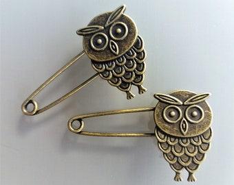 Lot of 2 pins 5,2 cm owl metal bronze color