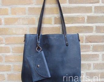 Large leather tote bag BIG City, in denim blue veg tanned Italian pull up leather. Denim blue leather tote. With pockets and pouch