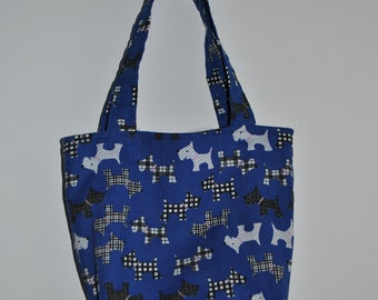child's toy bag blue with dogs on lined