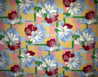 Swedish vintage 1960s unused quilt fabric in multicolor cotton and flower.