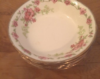 Rosecliffe dessert bowls by Alfred Meakin