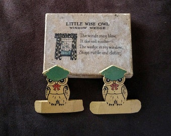 Vintage Window Wedge Little Wise Owl Window Wedge & Original Poem Box 1940s Country Farm House Chic Owl Wood Wedge Rust Craft USA Home Decor