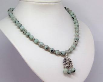 Boho necklace mint green jasper with pendant