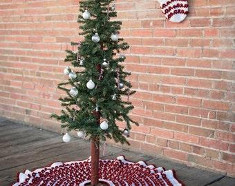 Crochet Pattern, Loop the Loop Textured Christmas Tree Skirt