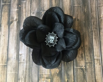 Gothic Jolly Roger, flower hair clip, accessory