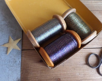 Old French boxwood spools  Set of 3 with silk thread  Weaving industry