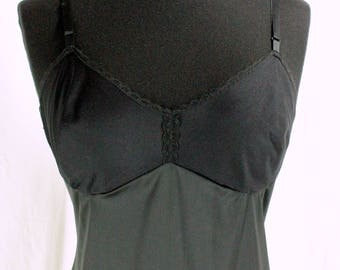 Vintage Vanity Fair Full Slip Simple Sleek Black 34