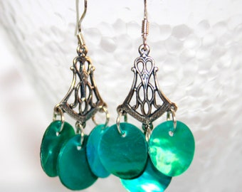 Mother of Pearl turquoise beads earrings