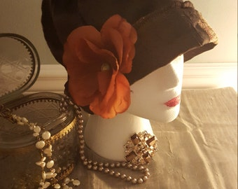 vintage look 1920's style ladies cloche hat