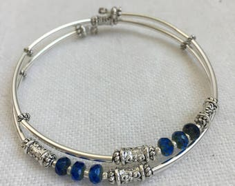 Silver and Sapphire Czech Picasso Memory Wire Bracelet, Silver Tube Bangle, Silver Bangle, Minimalist Bangle, Czech Crystal Bangle (M-91)
