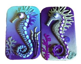Seahorse Hinged Tin