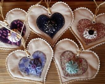5 Handmade Heart Fabric Tags Applique Yo Yo Suffolk Puff Gift Labels Embroider