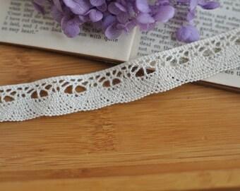 1.5cm x 2yards (natural unbleached) cotton crochet lace trim (S525)