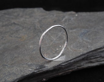 Skinny sterling silver ring, hammered, 1.2 mm ring, made at your size. Skinny ring, thin ring, stacking ring.