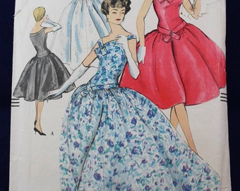 1950's Sewing Pattern for an Evening Dress in Size 16 - Vogue 9630