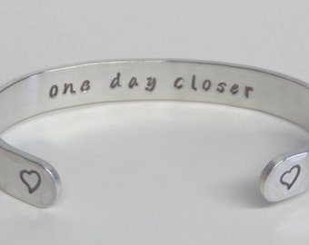 Deployment countdown ~ ONE DAY CLOSER Bracelet ~ Long distance  Relationship gift wife girlfriend