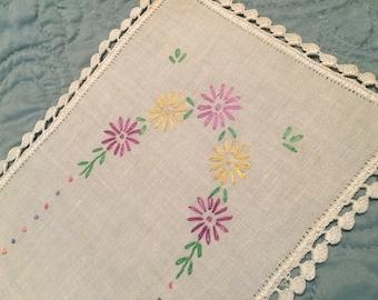 Sweet Vintage Floral Linen