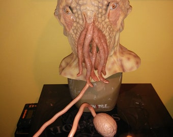Doctor Who FUN! Ood custom mask with lighted ball or hindbrain accessory